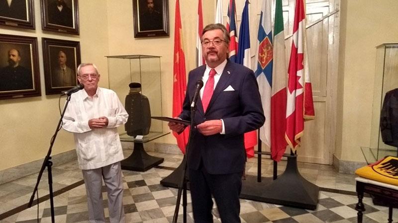 Kuba empfängt das höchste Symbol Deutschlands